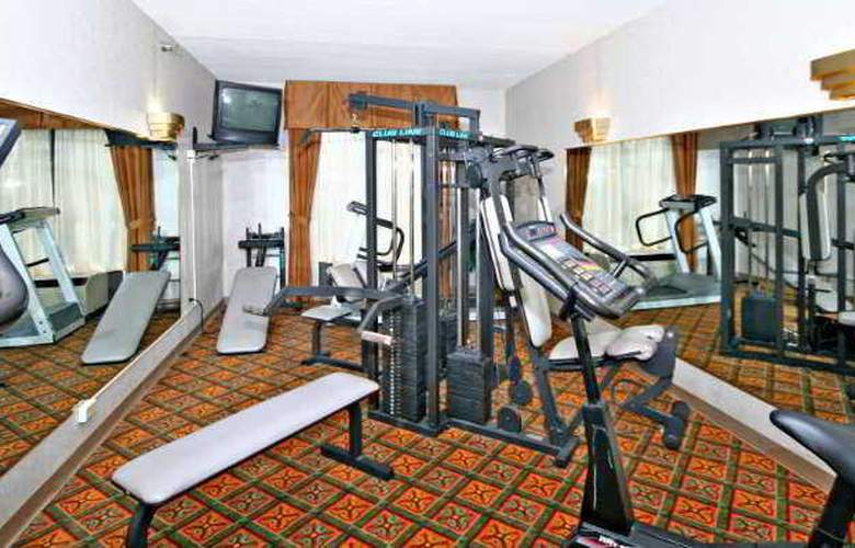 Best Western Plus Windsor Suites - Sport - 6