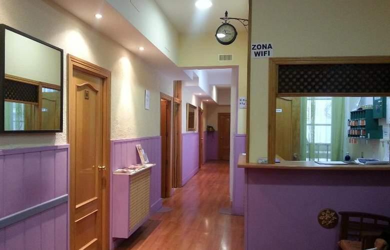 Hostal Alicante - Room - 5