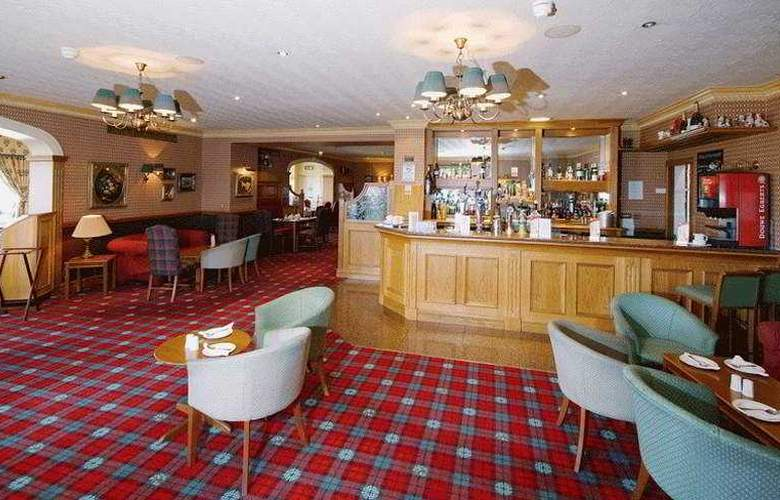 The Cairn - Bar - 4