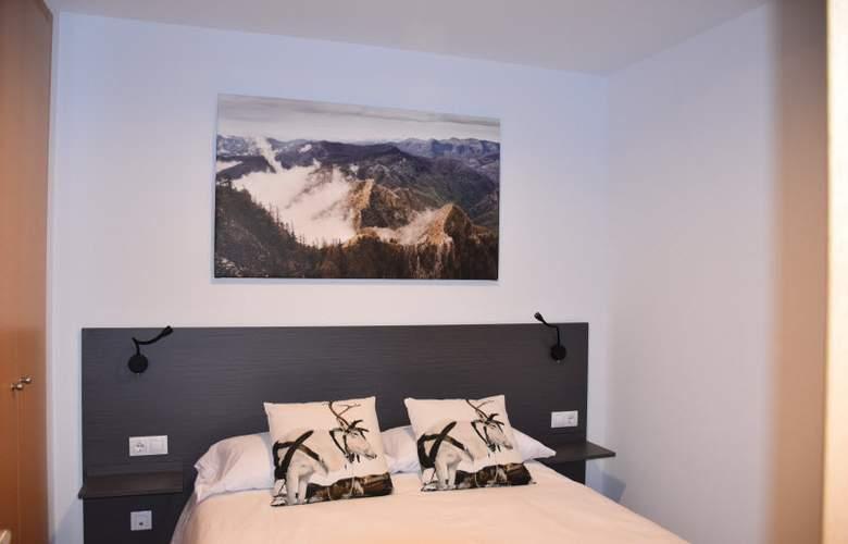 Apartamentos Segle XX - Room - 7
