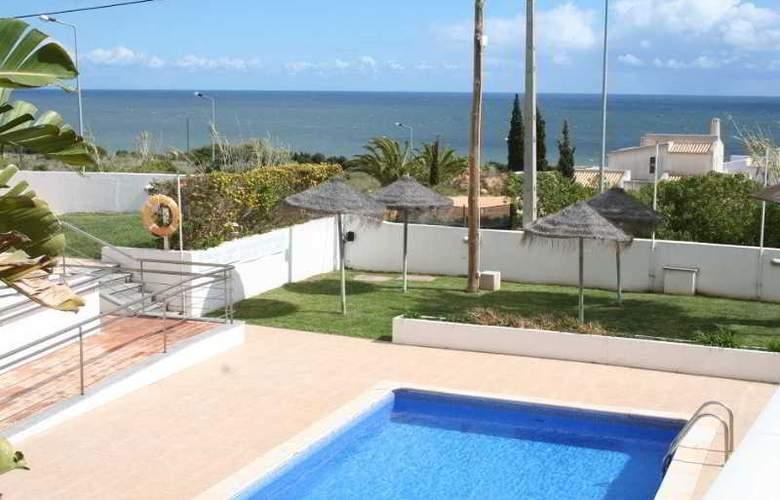 Hotel Maritur - Pool - 12