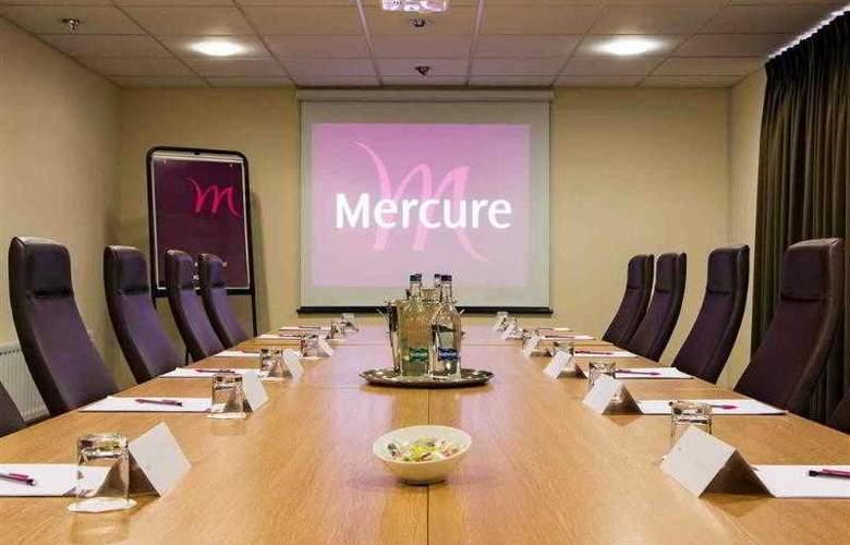Mercure Leeds Parkway - Hotel - 3
