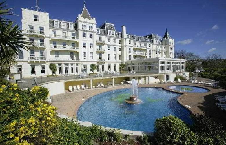 The Grand - Hotel - 0