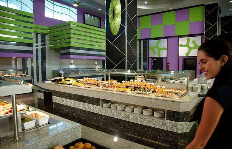 Riu Palace Península - Restaurant - 18