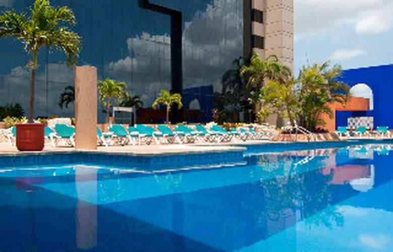 Hyatt Regency Merida - Pool - 2
