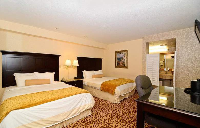 Best Western Plus Laguna Brisas Spa Hotel - Room - 0