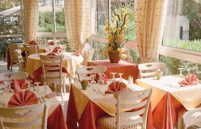 Des Orangers - Restaurant - 6