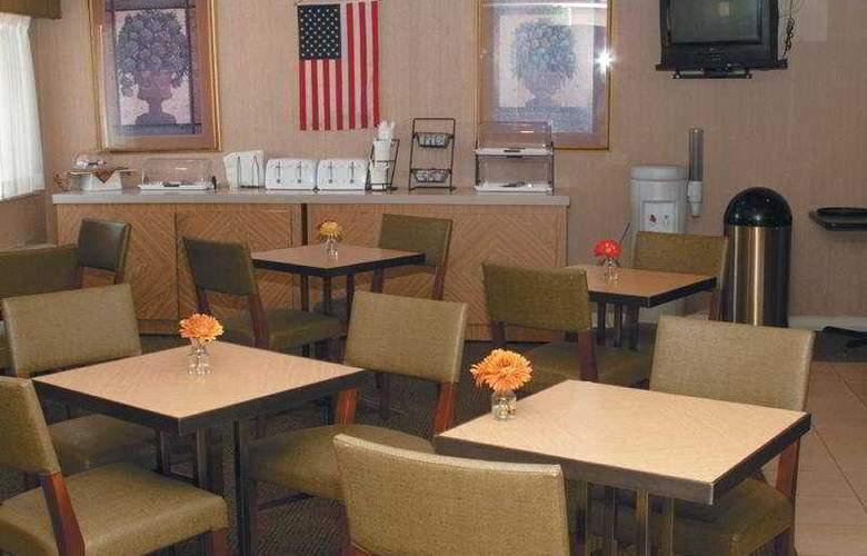 La Quinta Inn & Suites Baltimore North - Restaurant - 5