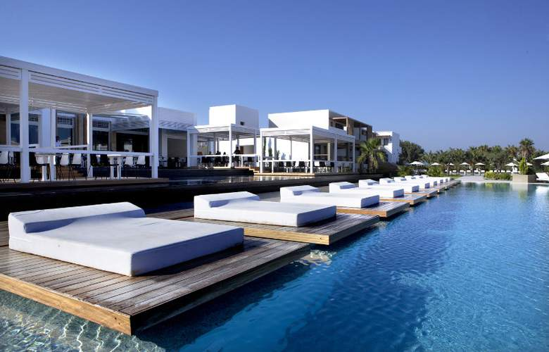 Pelagos Suites Hotel - Pool - 6