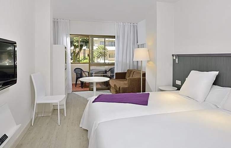 Sol House Costa del Sol - Room - 2