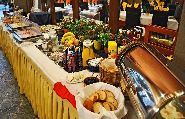 Arahova Inn - Restaurant - 38