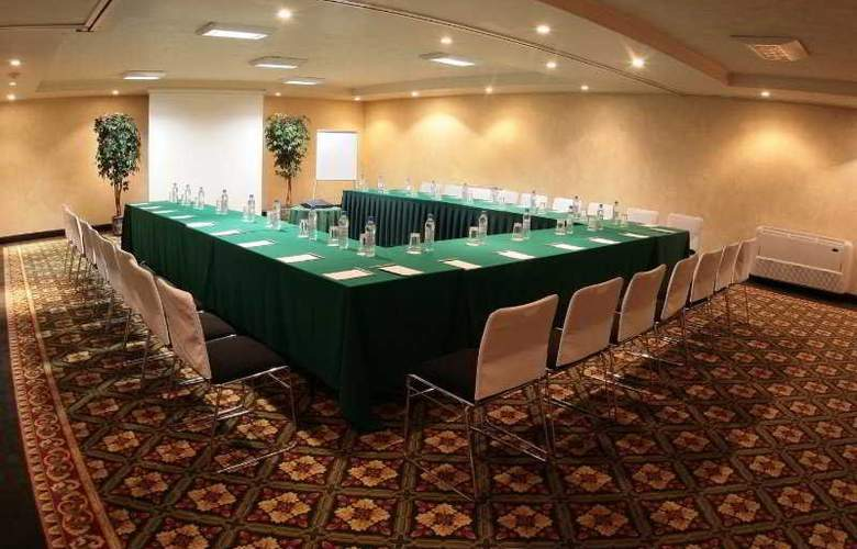 Quality Inn Suites Saltillo Eurotel - Conference - 9