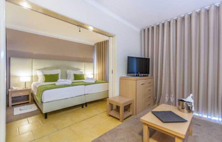 Santa Eulália Hotel Apartamento & Spa - Room - 14