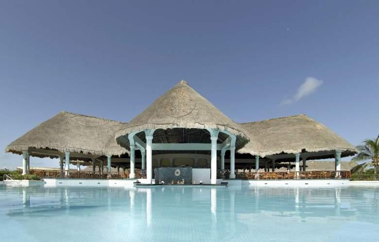 Grand Palladium Colonial Resort & Spa - Bar - 4