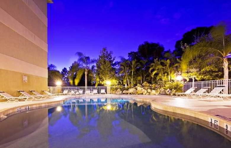 Holiday Inn Express Hotel&Suites Bonita Springs - Pool - 3