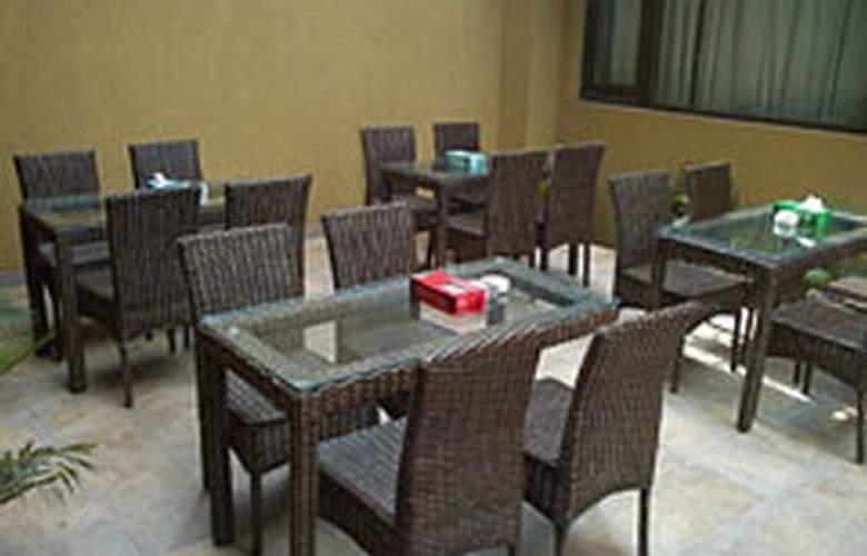 Uds - Restaurant - 6