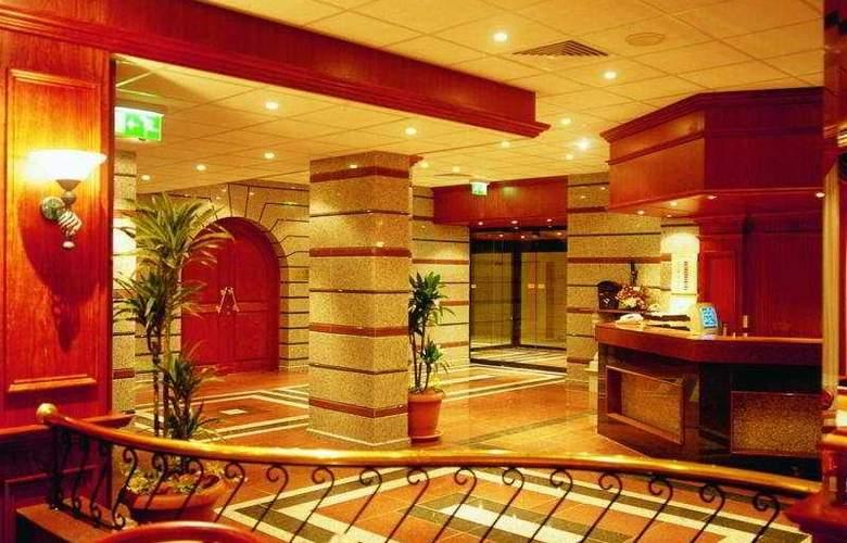 Crusader Beach Hotel - General - 2