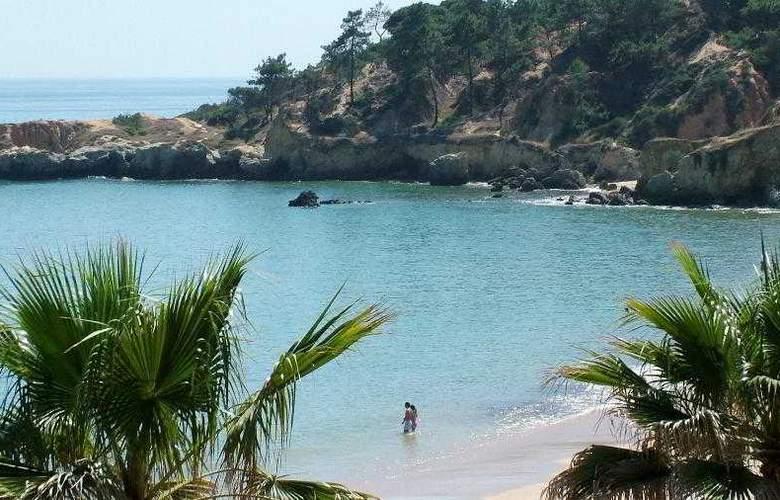 Grande Real Santa Eulalia Resort & Hotel Spa - Beach - 22