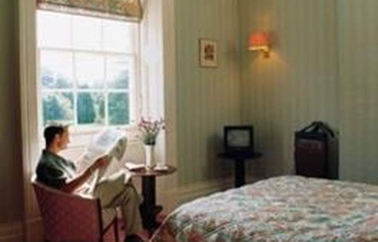 Chewton Place - Room - 3