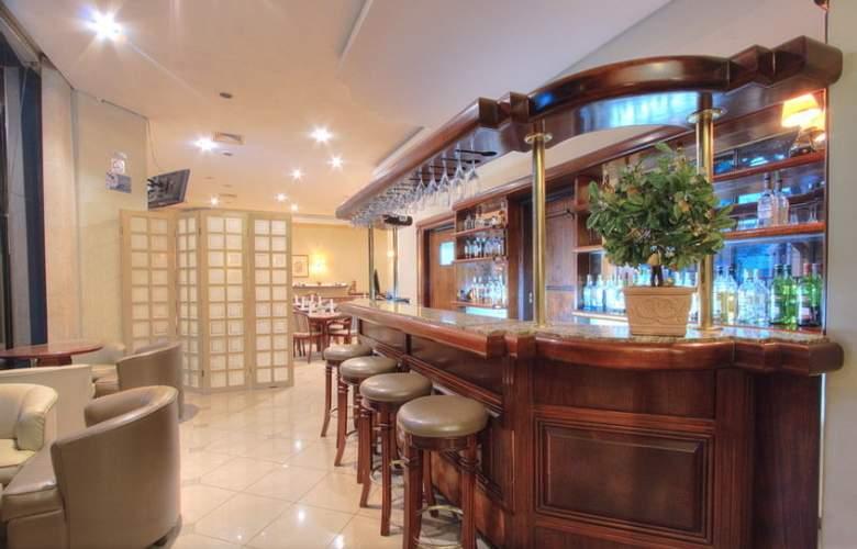 Bristol Saint Emilion - Bar - 5
