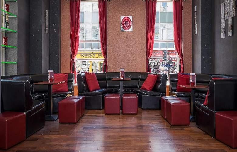 Hilton London Paddington - Bar - 23