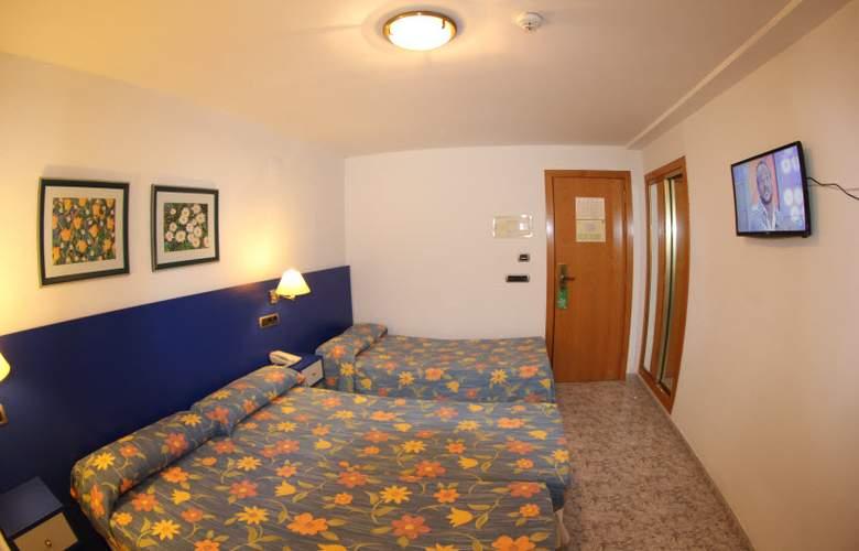 Vila-Real Marina Azul - Room - 10