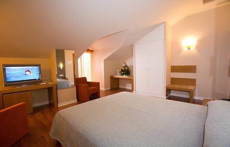 Granada Palace - Room - 2
