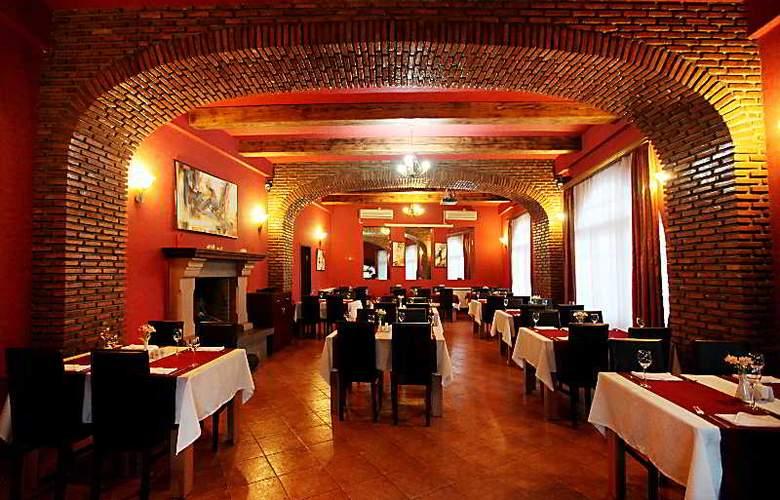Riverside Hotel - Restaurant - 61