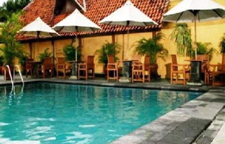 Mutiara Malioboro - Pool - 3