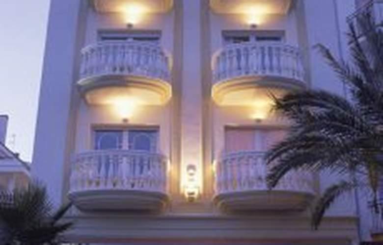 San Sebastian Playa - Hotel - 0