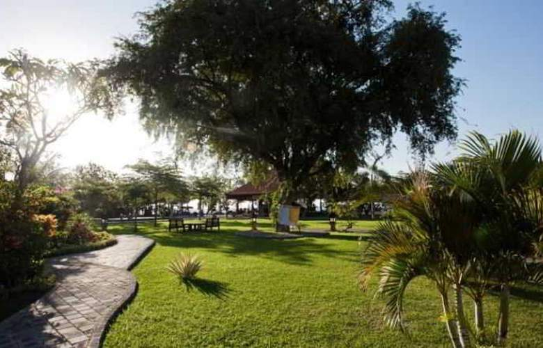 Adi Assri Beach Cottages Singaraja - Hotel - 8