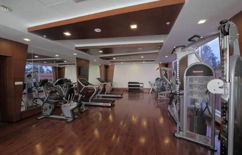 Country Inn & Suites By Carlson, Mysore - Sport - 4