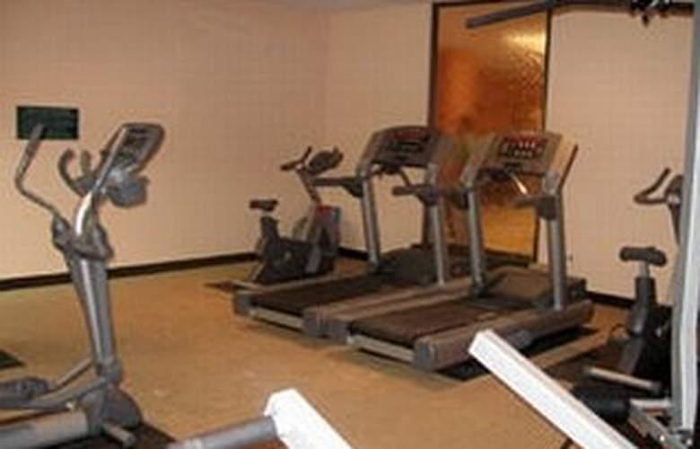 La Quinta Inn & Suites San Antonio Medical Center - Sport - 6