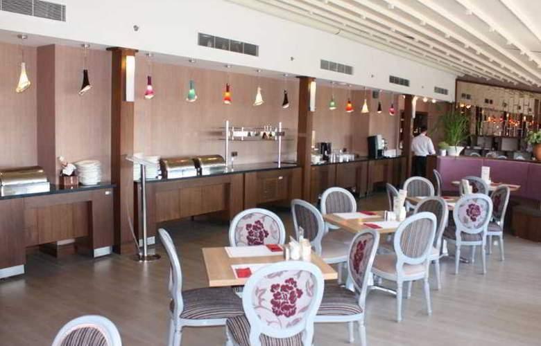 Listana - Restaurant - 34