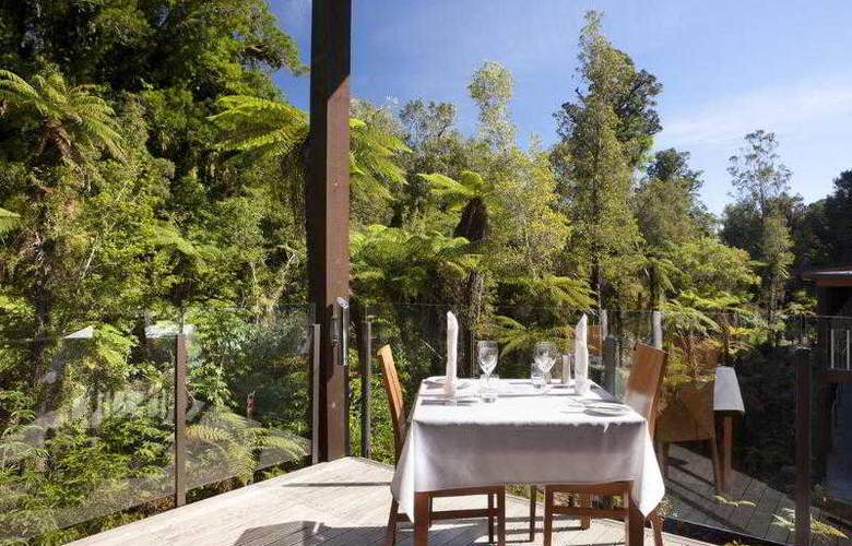 Te Waonui Forest Retreat - Restaurant - 10