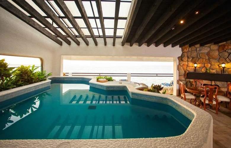 Grand Park Royal Luxury Resort Puerto Vallarta - Pool - 17