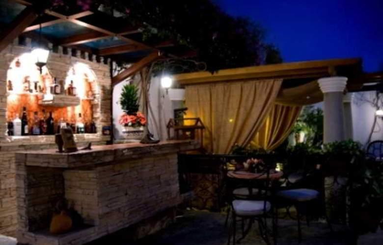 Hotel Boutique Orilla del Rio - Bar - 2