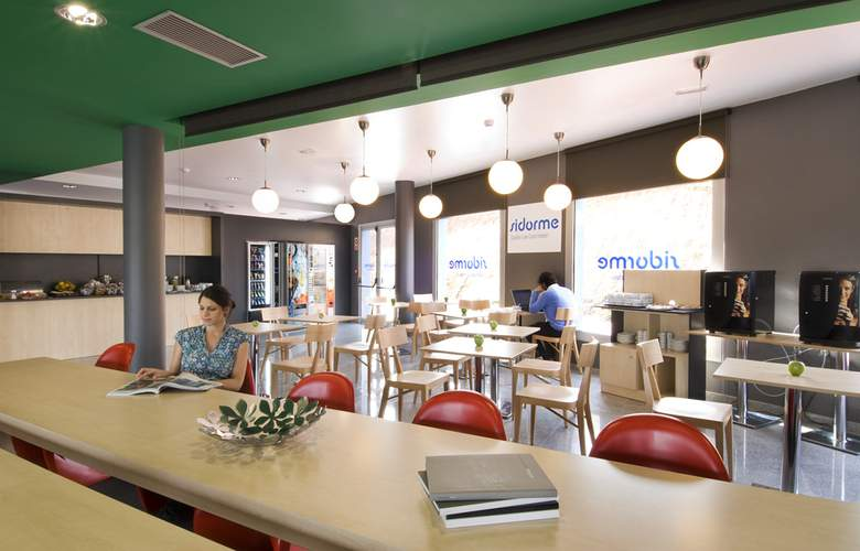 B&B Barcelona-Granollers - Restaurant - 3