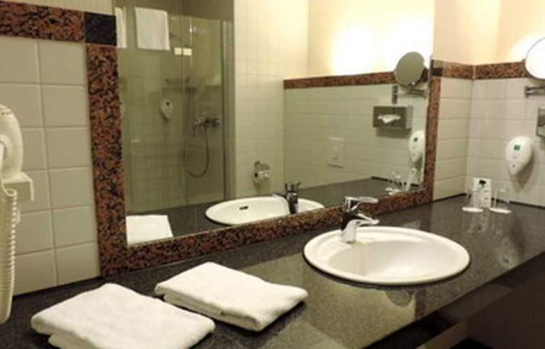 Azimut Hotel Köln - Room - 6