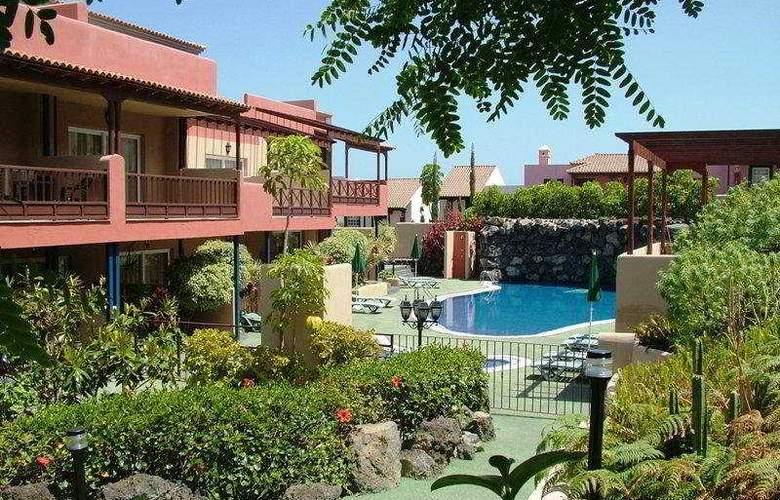 El Cerrito - Hotel - 0