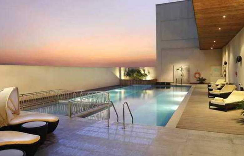Doubletree by Hilton Gurgaon - Pool - 5