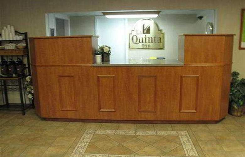 La Quinta Inn Portland Convention Center - General - 1