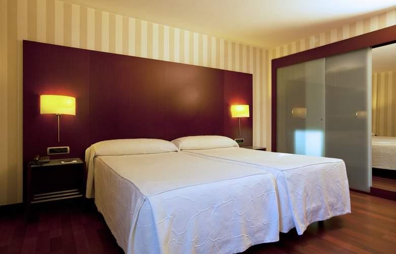 Zenit Borrell - Room - 2