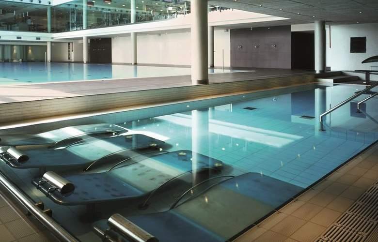 NH Collection Barcelona Tower - Pool - 17