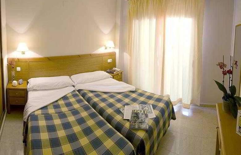 Fuengirola Beach - Room - 6