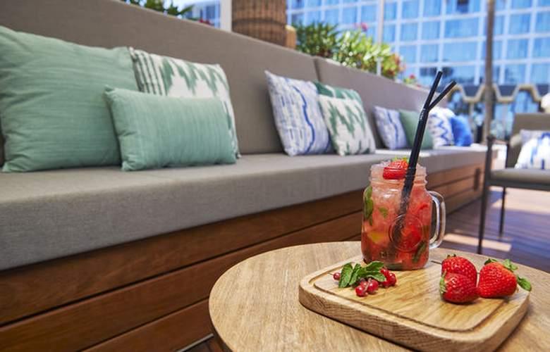 Meliá South Beach - Terrace - 43