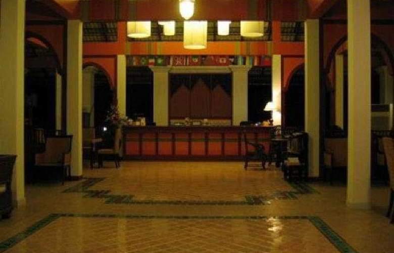 Rachawadee - General - 2