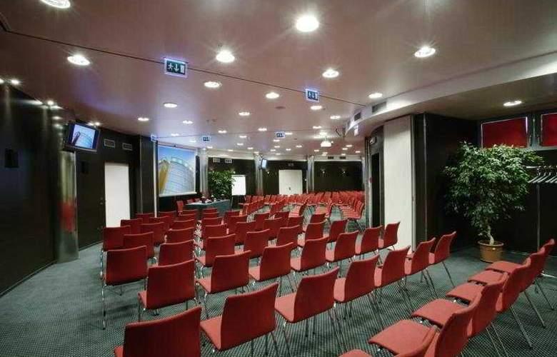 Antony Palace - Conference - 29