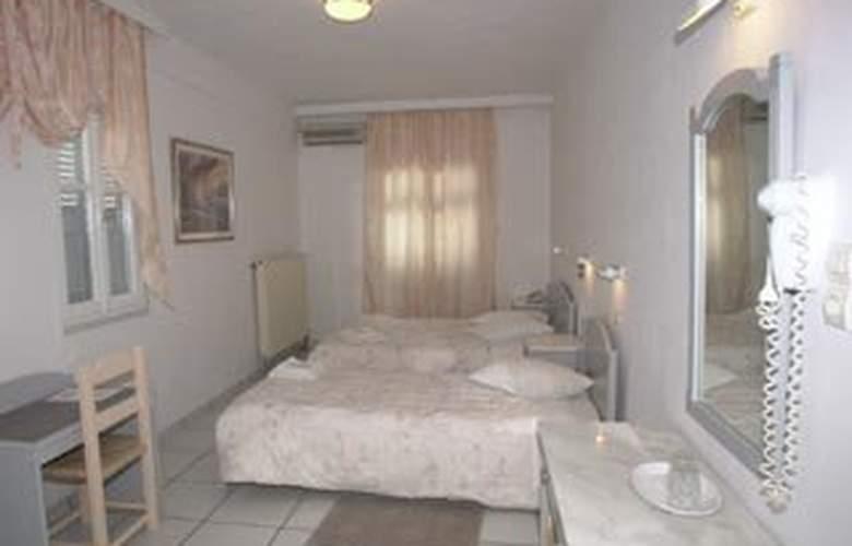 King Thiras - Room - 1