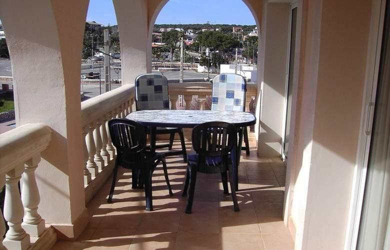 Hostal Punta Prima Apartamentos - Terrace - 2